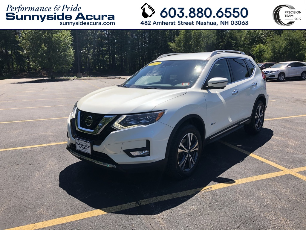 Pre-Owned 2017 Nissan Rogue Hybrid SL AWD with Navigation